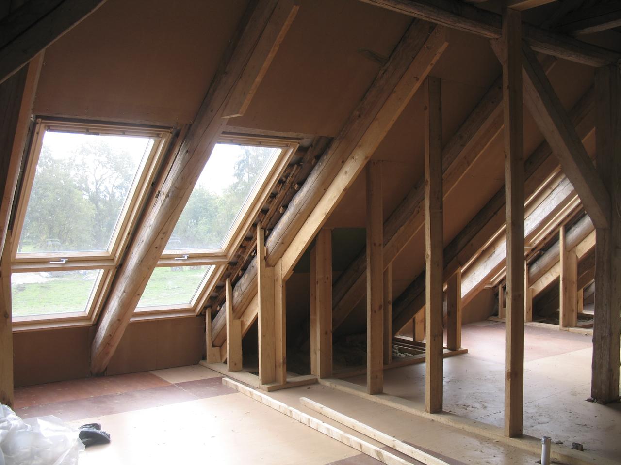 Recupero sottotetto l ecobonus vale se gst costruzioni for Finestra nel tetto